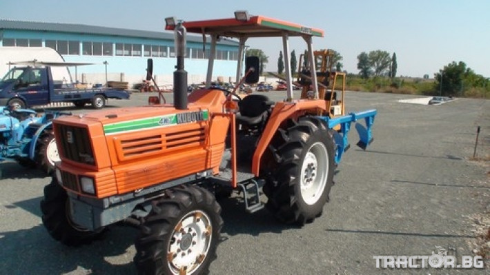 Трактори Kubota Sunshine World 4 - Трактор БГ