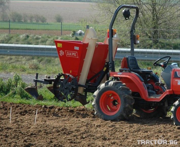 Машини за зеленчуци Картофо-сеялка AKPIL Planter 3H 0