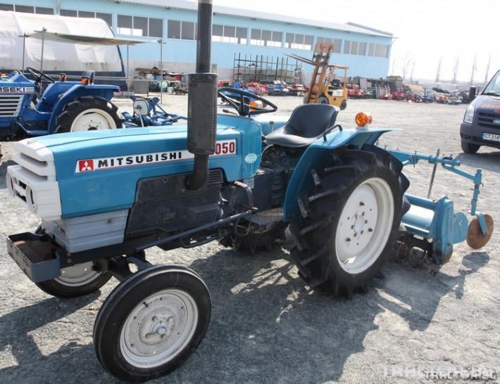 Трактори Mitsubishi D 2050 с фреза 0 - Трактор БГ