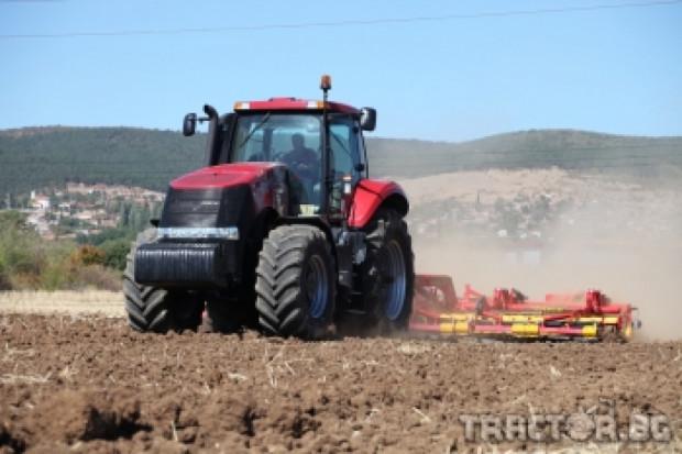 Комплексни решения за есенната кампания показа Тайтън Машинъри България (ВИДЕО)