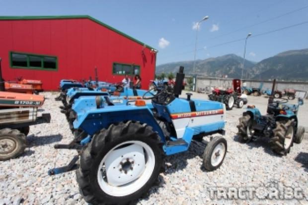 Проверка установи, че тракторите от Япония нямат радиация