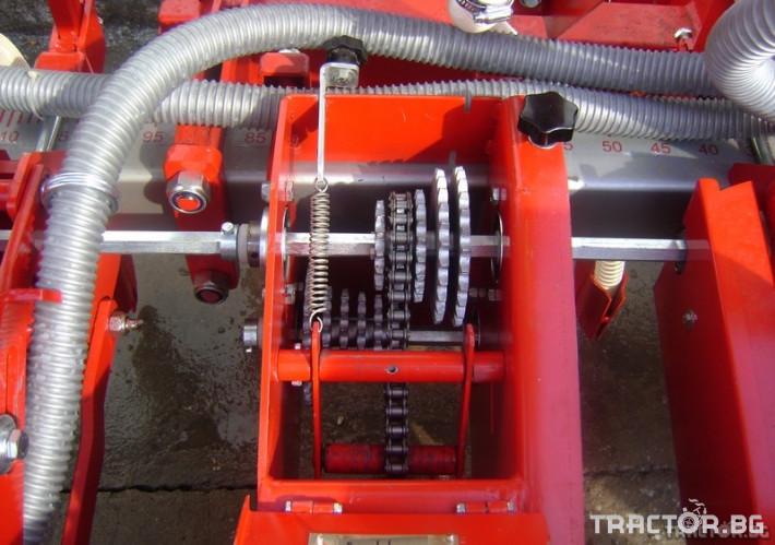 Сеялки Пневматична редова сеялка с торовнасяне 1 - Трактор БГ
