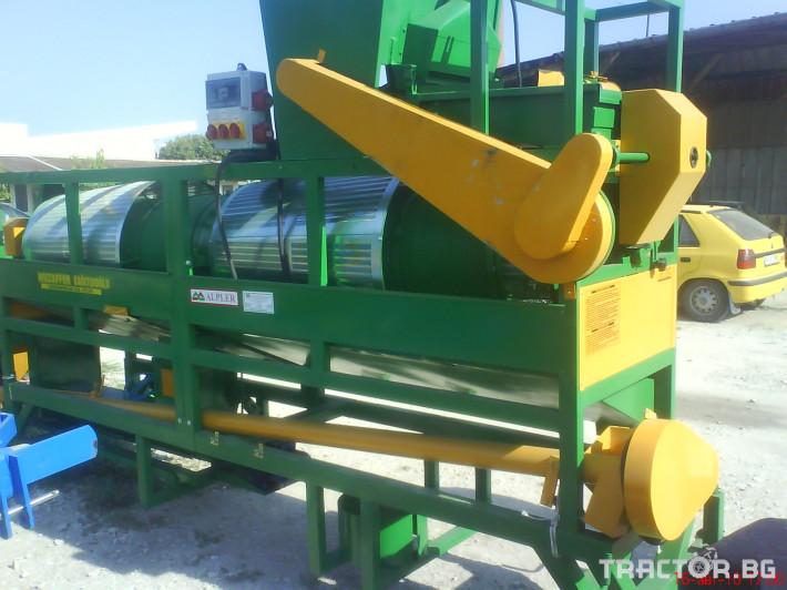 Обработка на зърно Внос Мобилна СЕМЕПОЧИСТВАЩА МАШИНА с ОБЕЗАРАЗЯВАНЕ 3 - Трактор БГ