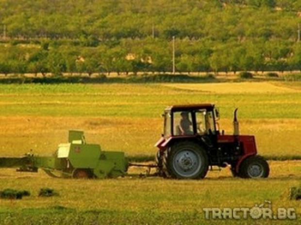 Откриха нов завод за трактори в Казахстан