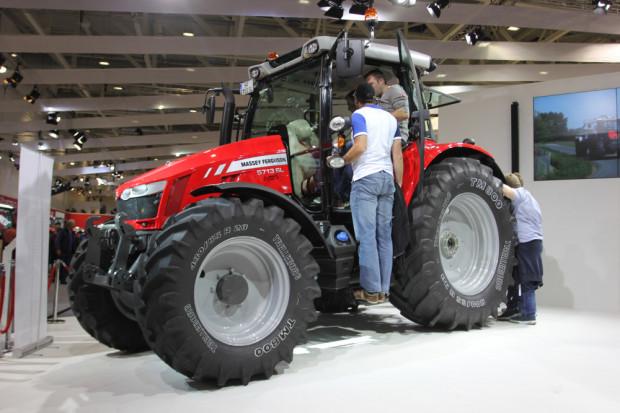 Massey Ferguson с нови трактори в диапазона 75 - 130 к.с.