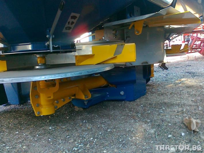 Торачки Торачка Bogballe + ICON 1 - Трактор БГ