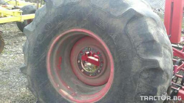 Гуми за комбайни Гуми за комбайн Claas 0 - Трактор БГ