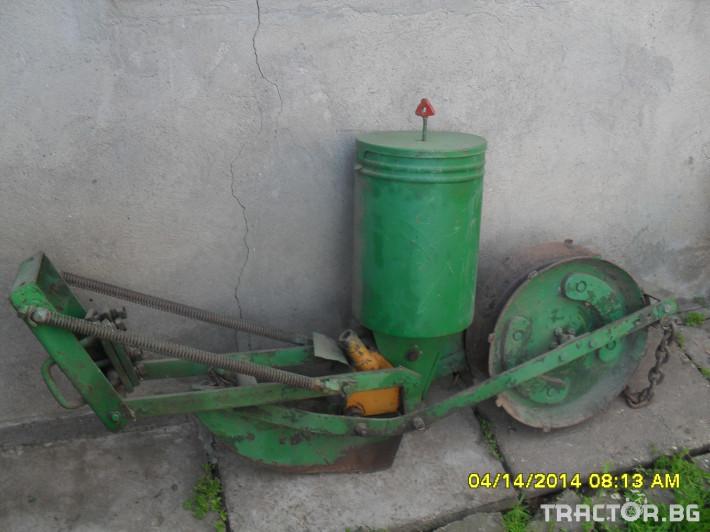 Части за инвентар Секции за сеялка тип румьнски 2 - Трактор БГ