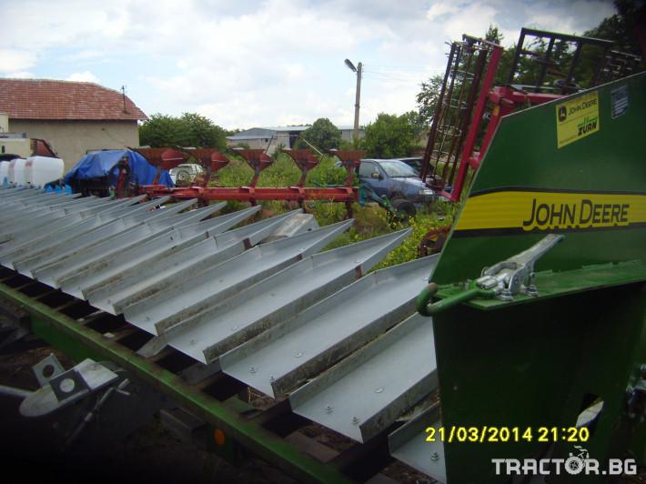 Хедери за жътва Лифтери за слънчоглед John Deere 2 - Трактор БГ