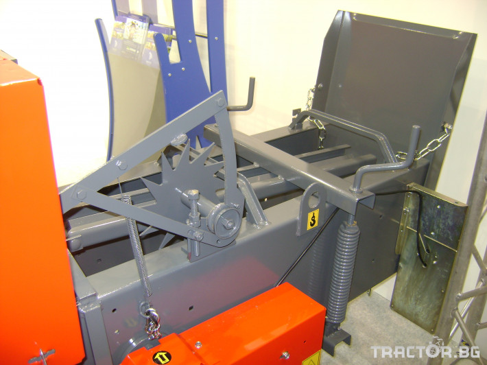 Сламопреси сламопреси - други Сламопреса Abbriata M 61 Export 6 - Трактор БГ