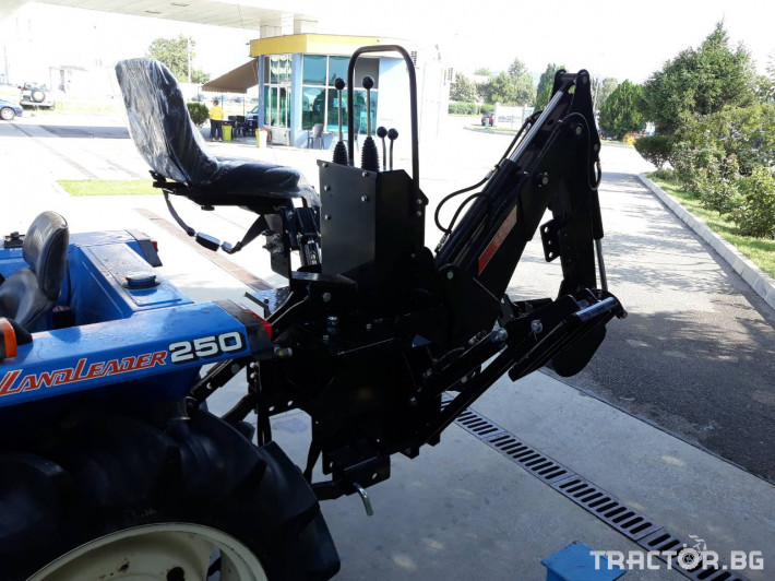 Други Багерноустройство BH660 3 - Трактор БГ