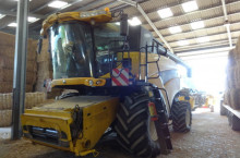 New-Holland CR 9080 ELEVATION