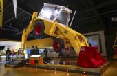 JCB представи иновативна скоростна кутия и нови модели товарачи