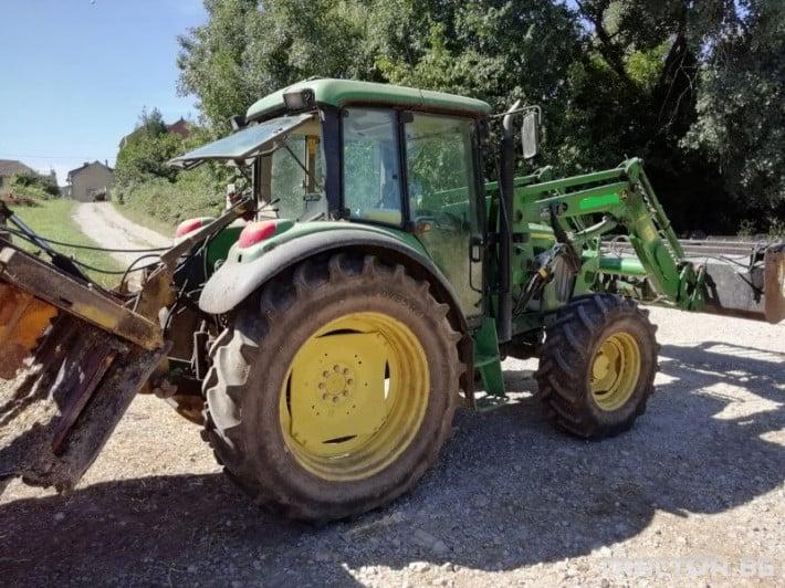 Трактори John-Deere 6220 3