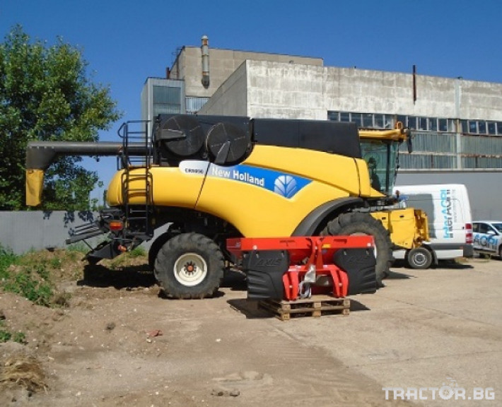 Комбайни New Holland CR 9090 Двуроторен комбайн 1