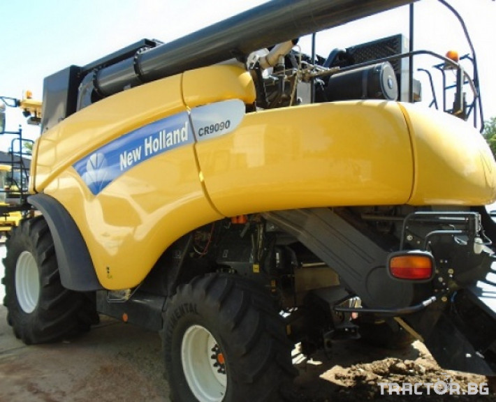 Комбайни New Holland CR 9090 Двуроторен комбайн 2