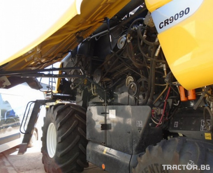 Комбайни New Holland CR 9090 Двуроторен комбайн 4
