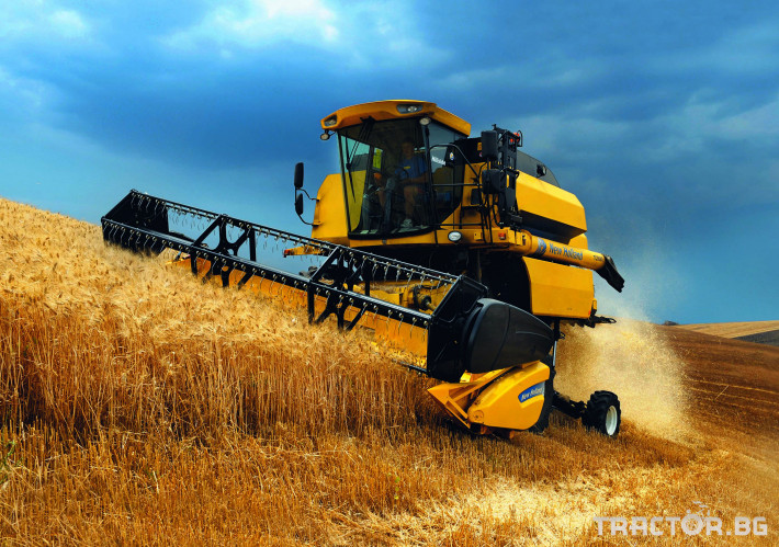 Комбайни New Holland TC 4 - Трактор БГ