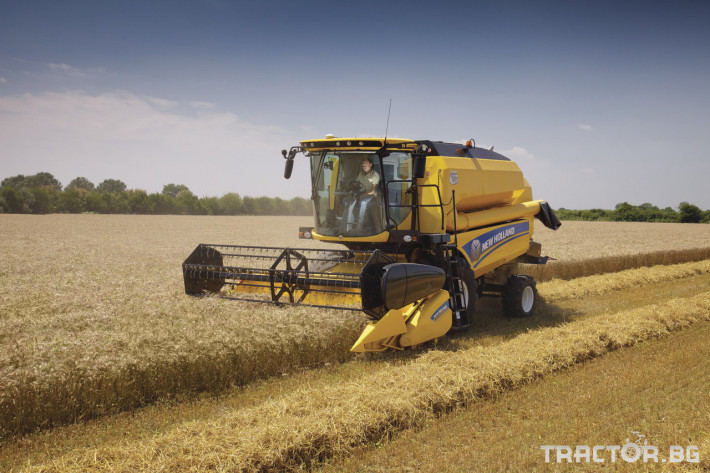 Комбайни New Holland TC 11 - Трактор БГ