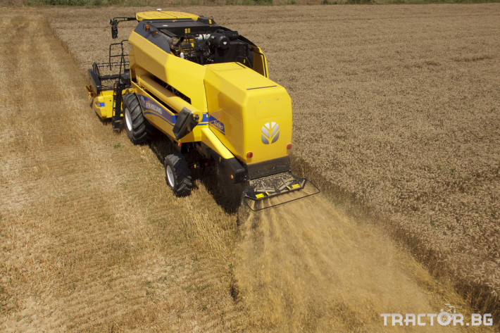 Комбайни New Holland TC 12 - Трактор БГ