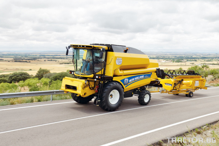 Комбайни New Holland TC 24 - Трактор БГ