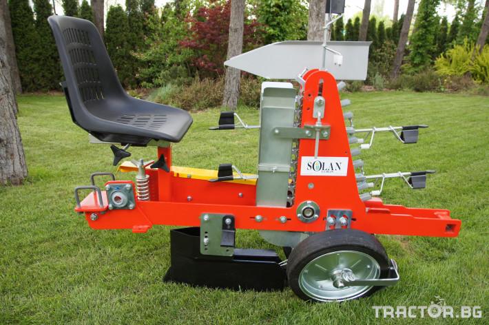 Сеялки Продаваме Разсадо-посадачни машини с полуавтоматичен захват 4 - Трактор БГ