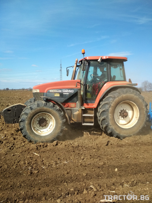 Трактори New Holland G240 7