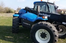 New-Holland LM435A