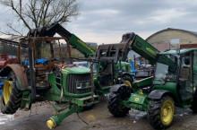 John-Deere СИ АГРО 2011 ЕООД изкупува трактори John Deere за части