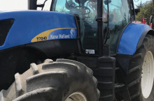 New-Holland New Holland 7 seria
