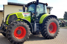 Трактор CLAAS Axion 850 Cebis