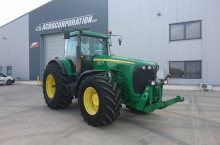 John-Deere 8220 Powershift