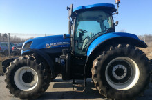 New-Holland T7.260 - Трактор БГ