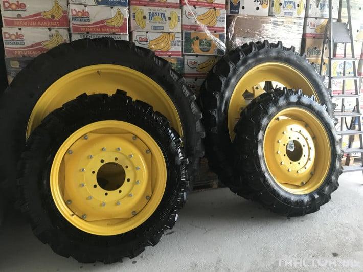Гуми за трактори Тесни гуми и джанти за John-Deere 1 - Трактор БГ
