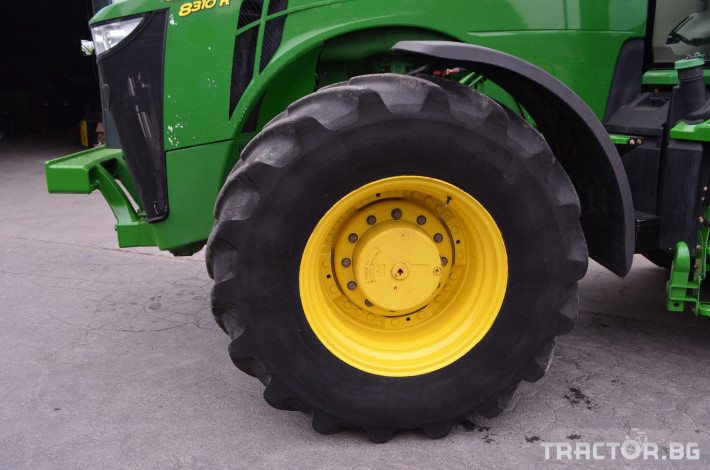 Трактори John-Deere 8310R 4 - Трактор БГ