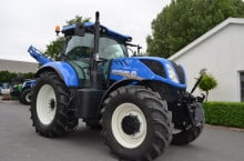 New-Holland T7.230 Powercommand - Трактор БГ
