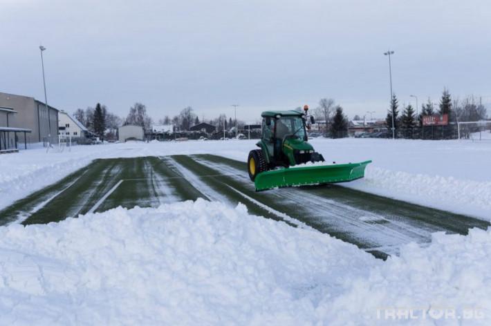 Техника за почистване SAMI снегорин за футболни терени 0 - Трактор БГ