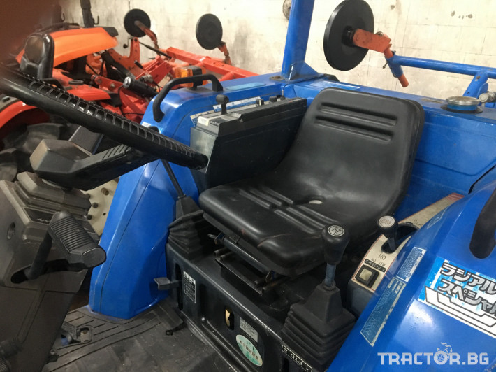 Трактори Iseki TA247 6 - Трактор БГ