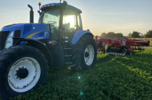New-Holland TG230
