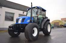 New-Holland TN60DA - Трактор БГ