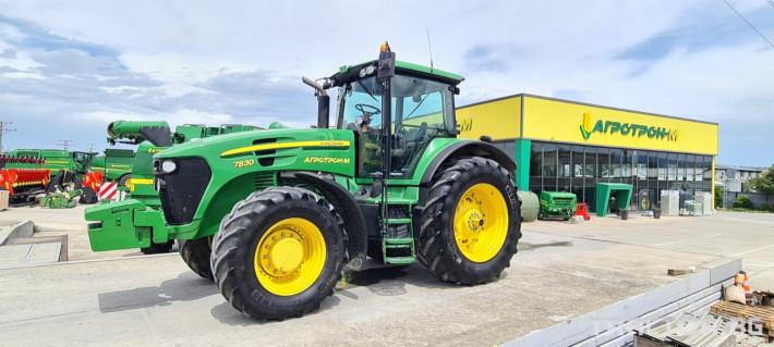Трактори John-Deere Колесен трактор 7830 6 - Трактор БГ